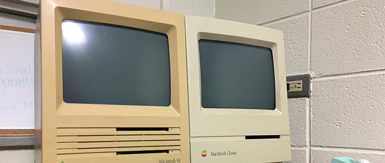 Double Trouble: Introducing – 1988 Macintosh SE